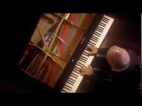 Daniel Barenboim – Beethoven Sonata No. 8 Op. 13 (Pathetique) (1798)