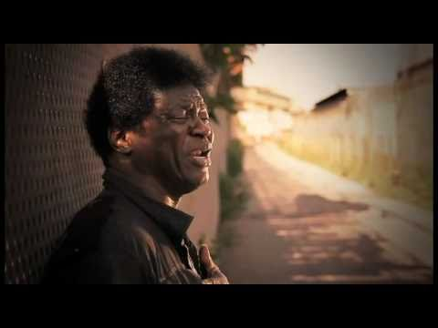 Charles Bradley – The World (Is Going Up In Flames) (2007)
